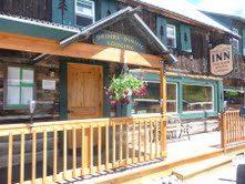 The Twin Lakes Inn & Saloon